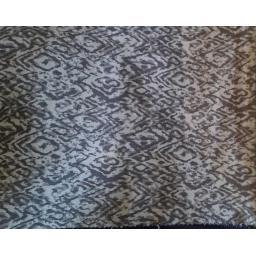 Stretch jacquard- grey snakeskin polyester