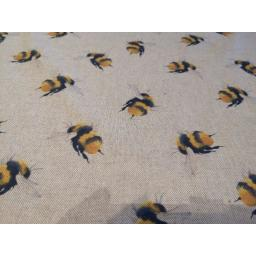 Bees linen look canvas by Chatham Glyn