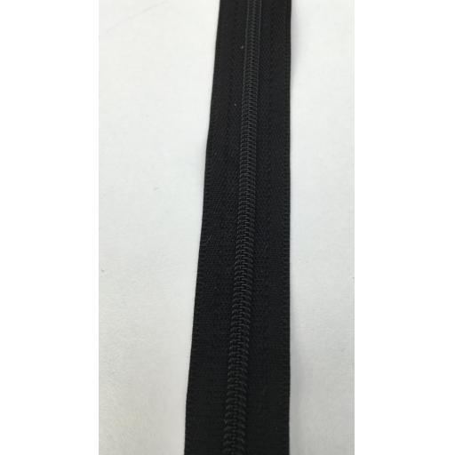 Black zip.jpg