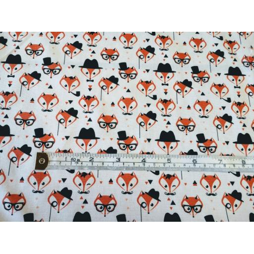 Foxes in glasses cotton poplin