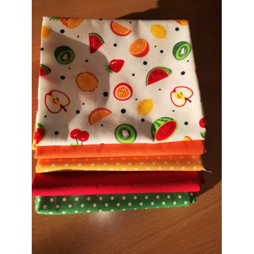 Tropical cotton fat quarter set