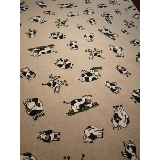 Cute cows, linen look canvas by Chatham Glyn