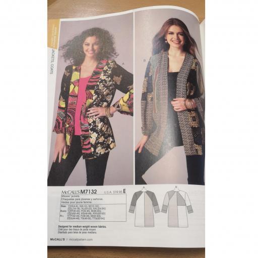M7132 Ladies jacket.jpg