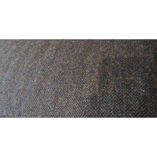 100% UK wool herringbone - Olive tweed