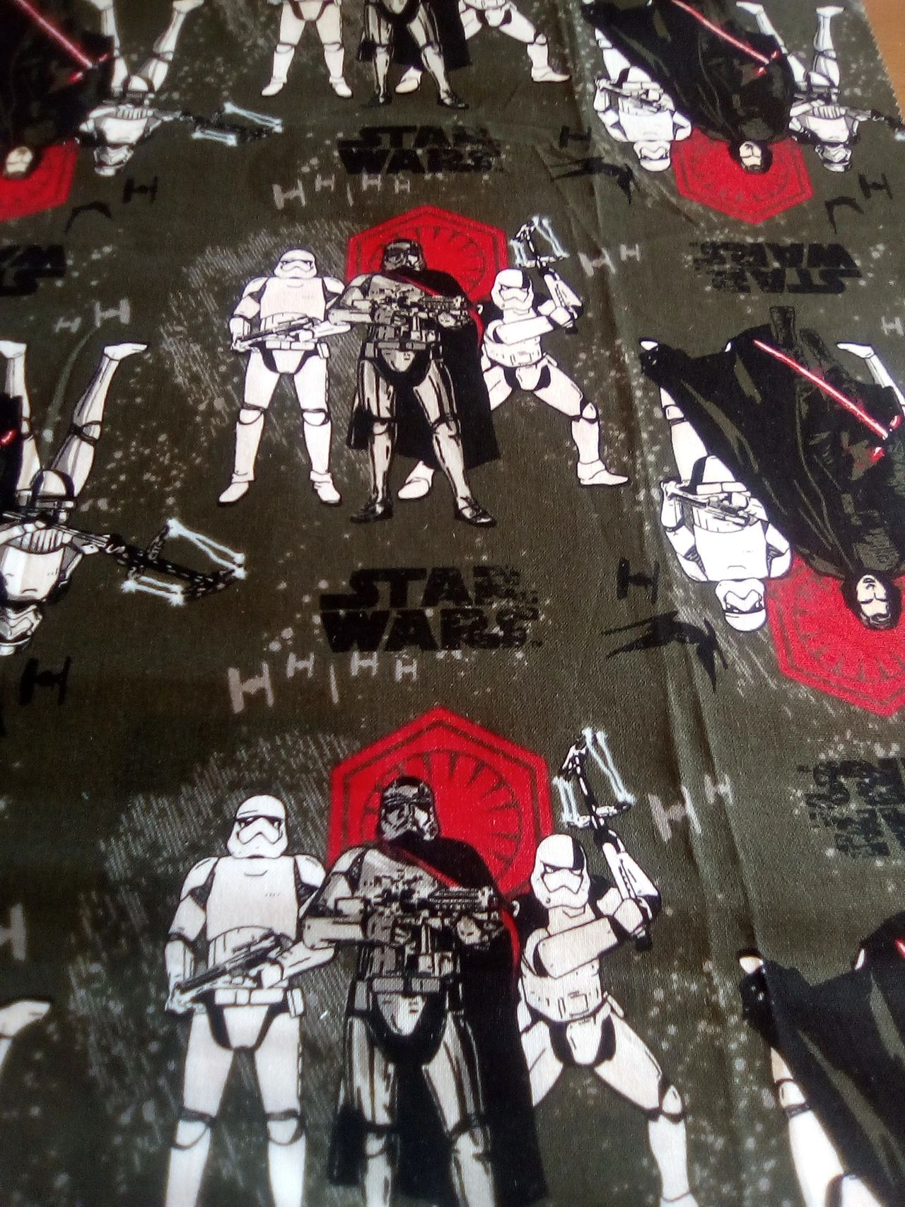 Star Wars licensed fabrics reduced by £3/m